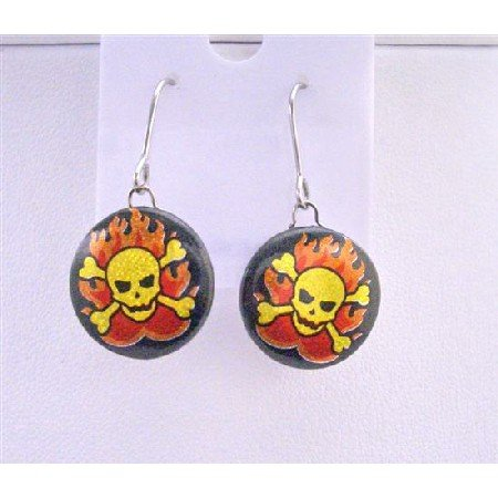 HH018  Gold Skull Earring ON Flame Designed On Earrings
