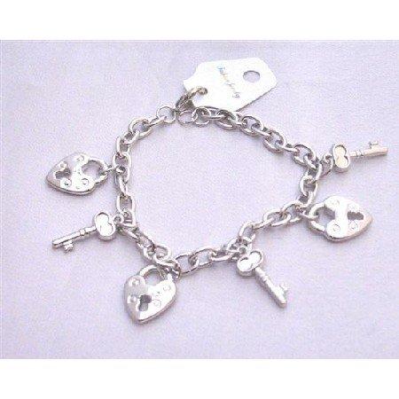 UBR196  Lock Key Charm Dangling bracelet Smashing Stylish Charm Lock and Key Bracelet