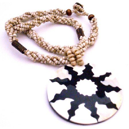 N370  Beautiful Necklace Black Beaded Self Designed Shell Pendant Shell Jewelry