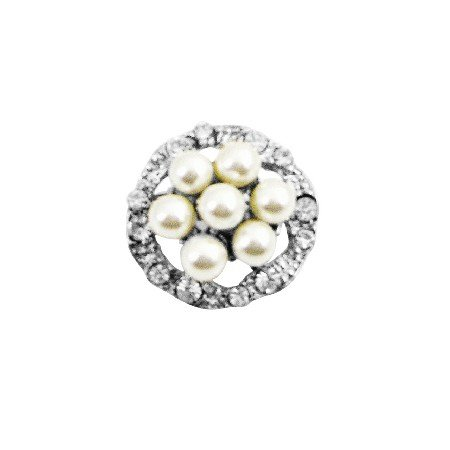 B395  Round Pearls Brooch Surrounded With Simulated Diamond