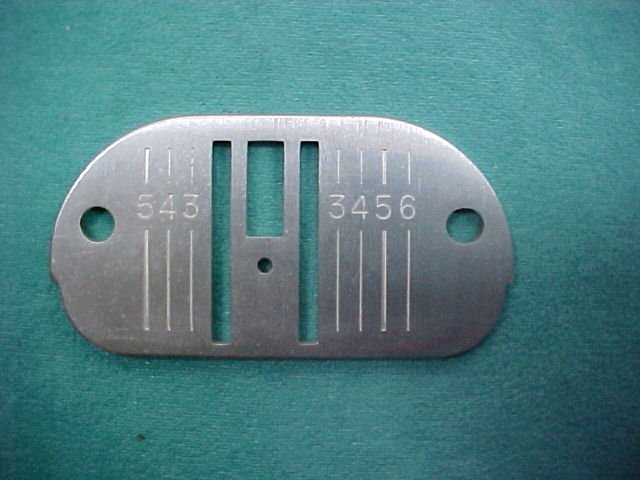 Singer Needle Plate Straight Stitch Part # 171468 RM-5