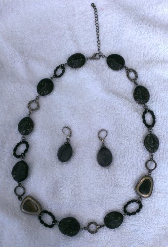Antique Silver Black Stone Necklace and Earrings Set