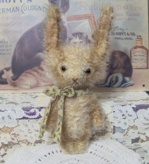 Bunny E Pattern to make Jax vintage style mini rabbit