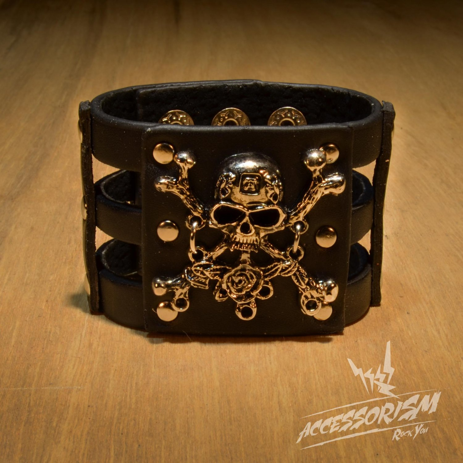 Gothic Skull Crossbones Black Leather Pirate Bracelet (B615RB)