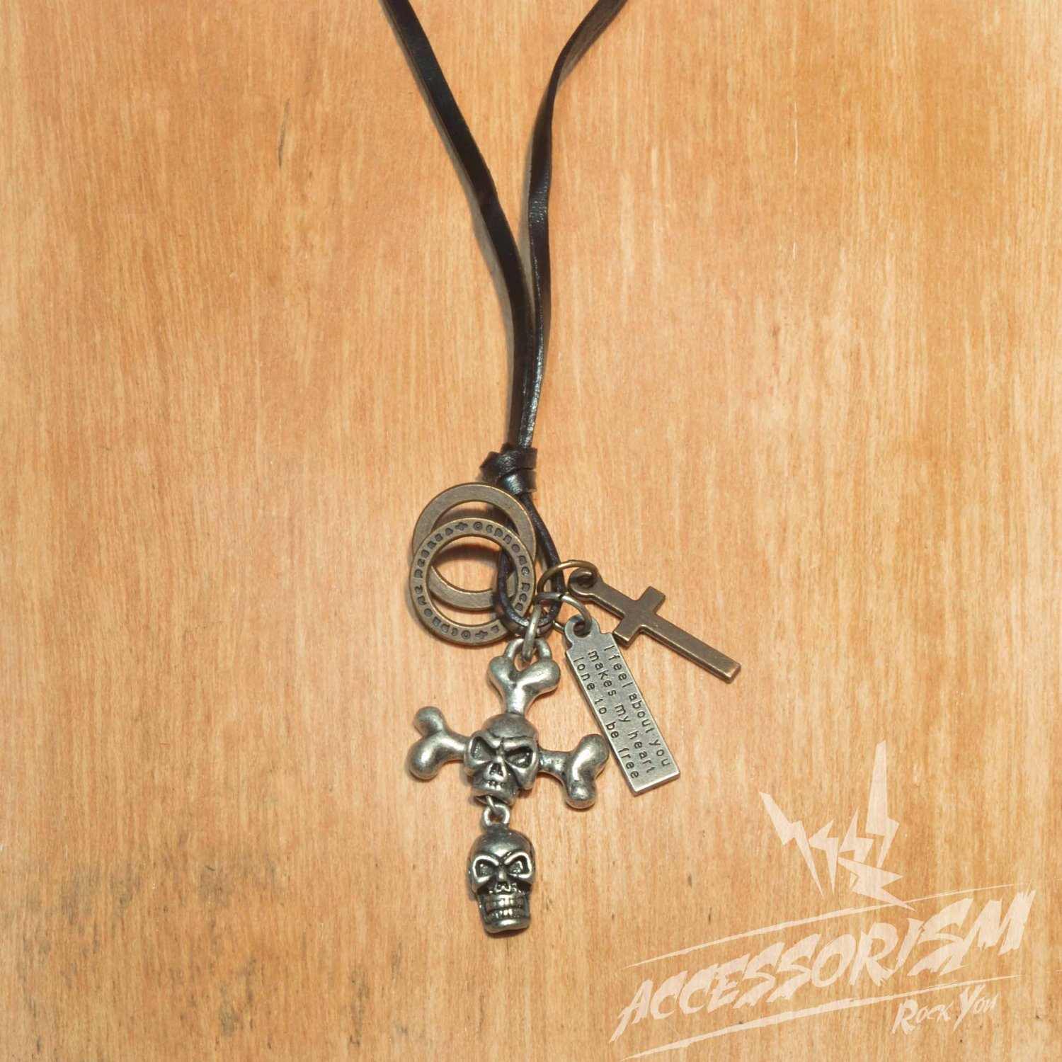 Free Shipping Double Skull Pendant with Cross ad Circle Rings Necklace (N654S)