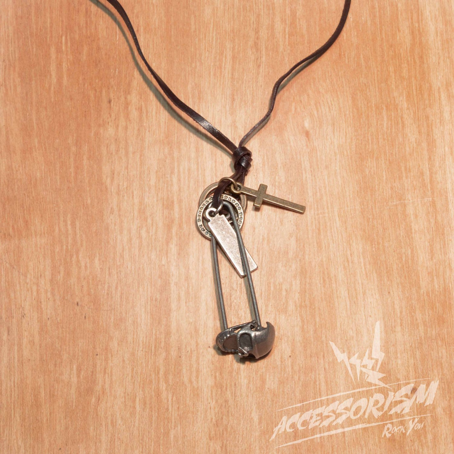 Free Shipping Skull Pendant with Cross and Circle Rings Necklace (N656S)