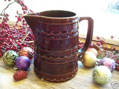 MARCREST Primitive Brown Daisy~Dot 24oz Pottery Pitcher