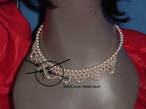 faux pearl necklace 1950s 1960s necklace needs repair No. 122