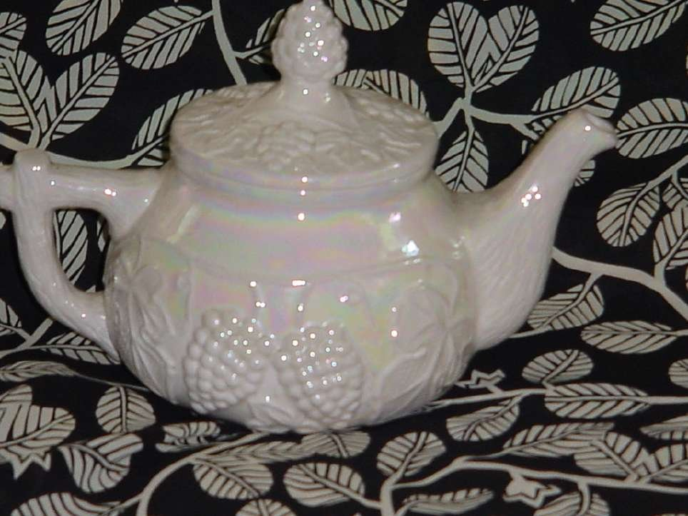 Tea pot 1966 Vintage ceramic tea pot iridescent dinnerware
