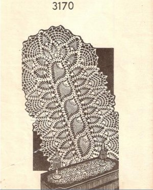 Free Crochet Pattern - Antique Lace Runner from the Table runners