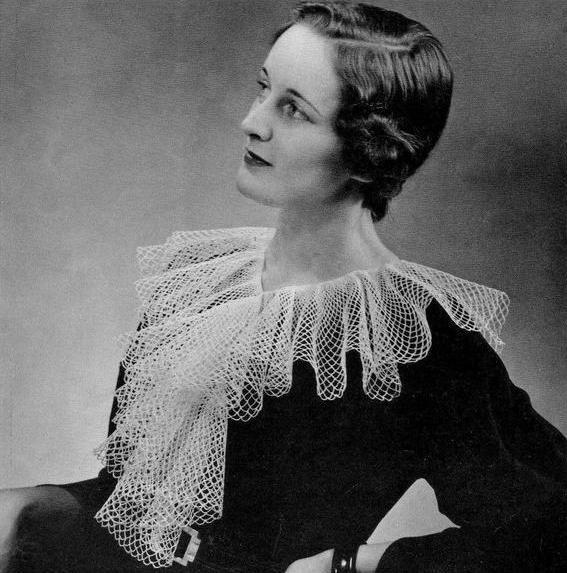 Vintage Collar Pattern, Collar Ruffle Womens Accessory, Crochet Thread Lace Neckline Cotton Neckline