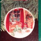 "Hallmark #4 ""Cookies For Santa"" Ornament Plate 1990"