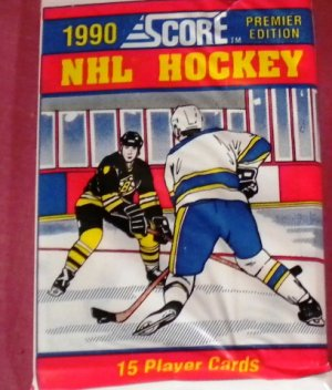 (1) 1990 Score NHL Hockey PACK 15 cards per pack 1st Edition