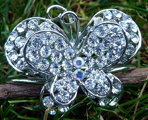 Gorgeous Butterfly Bracelet 3-D Crystal Silver Cuff Insect Bangle