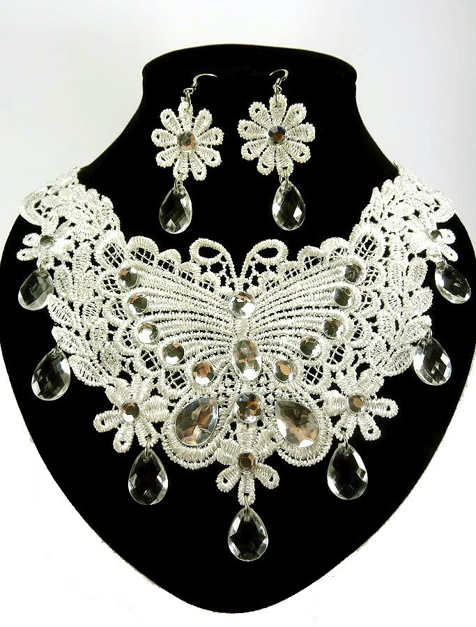 Butterfly Necklace & Earrings Set Wedding White Lace Floral Silver Chain Beads