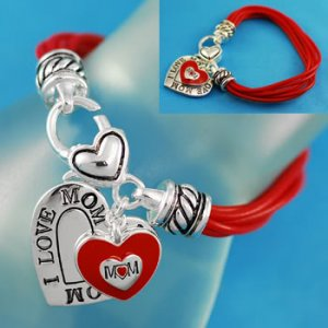 Mothers Day Gift I Love Mom Charm Bracelet Heart Red Silver