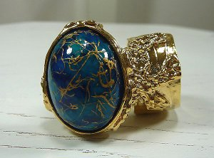 Arty Ring Blue Drizzle Gold Chunky Armor Oval Art Knuckle Statement Cage Deco Cocktail Size 6