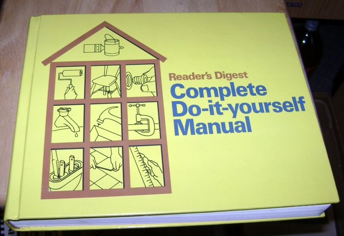 Readers Digest Complete do it Yourself Home Repair Manual 1973