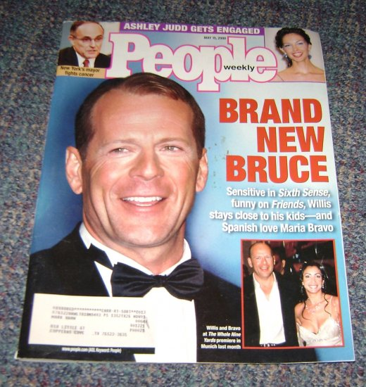 People Mag May-15 2000 Bruce Willis feature - Ashley Judd