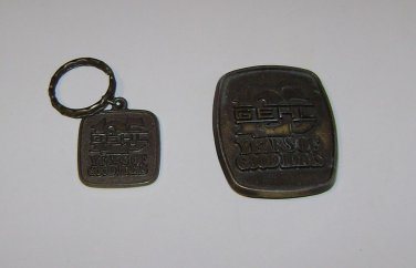 "Gehl Equipment ""125 Years"" Belt Buckle & Key Chain"