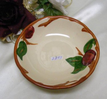 2293 Franciscan Apple Berry Bowl