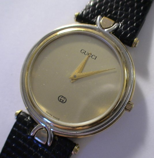 Authentic GUCCI Men's SWISS Made 18K GOLD Watch $995