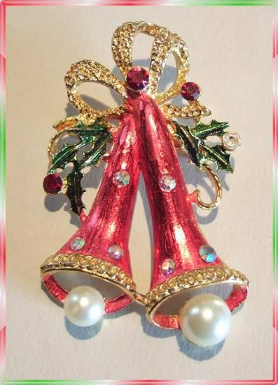 Vintage Christmas Bell Pin w Rhinestones and Pearls 9634
