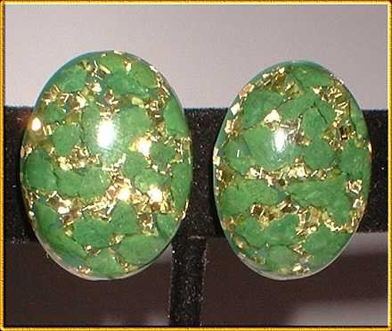 Bohemian Glass Earrings Vintage 1950s Green w Gold 8083