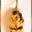 Carved Amber Lucite Flower Pendant Vintage Necklace 9532