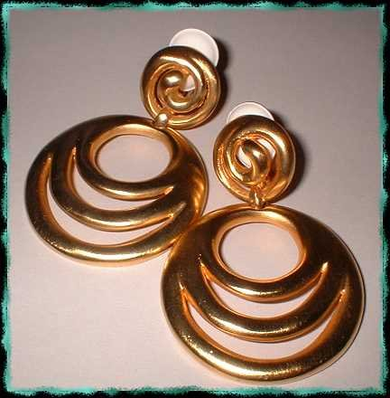 Designer Hoop Earrings Satin Gold Swirls Signed Clara S 9341