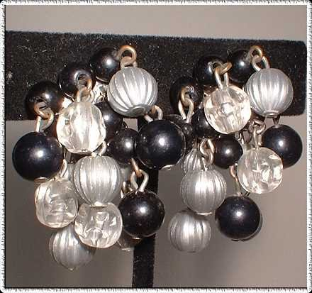 Lisner Earrings Vintage Lucite Beads Black and Grey