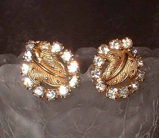 Gold Rhinestone Earrings Vintage 1950s Elegant Leaves 6606