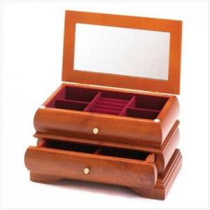 Lady's jewelry Box
