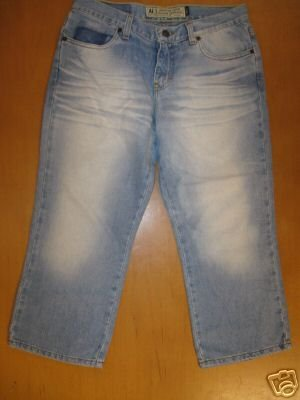 Womens AMERICAN EAGLE Capri Jeans Size 6