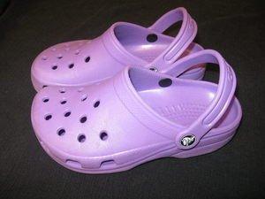 ~Purple Cayman Crocs! Womens Size 4~