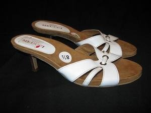 NEW White SESTO MEUCCI Mules Sandals Shoe 8 1/2