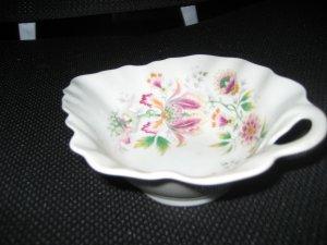 Limoge Haviland France Leaf Shaped Bowl - MINT