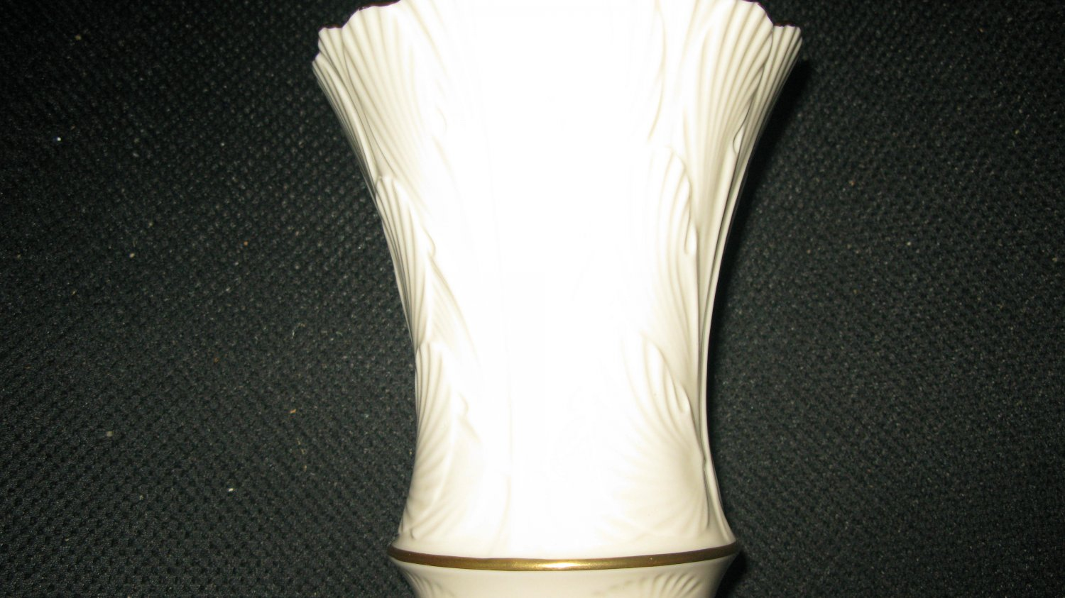 Lenox China Cranford Collection Vase