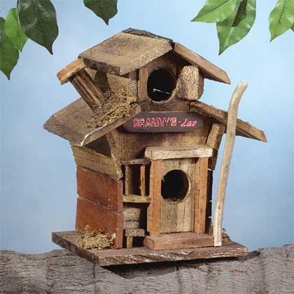 """29599 Wood """"granny's Inn"""" Birdhouse"""