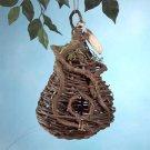 31912 Rustic Style Birdhouse