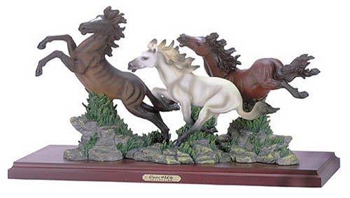 30083 Alabastrite Wild Horses On Wood Base