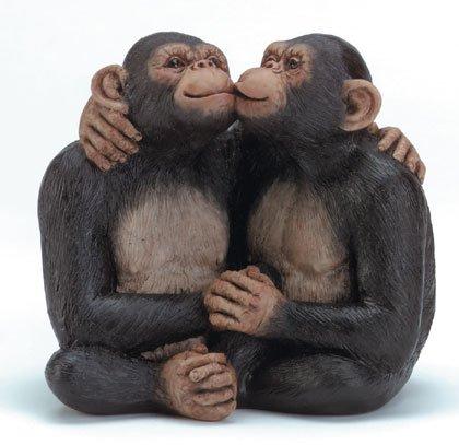 34511 Kissing Monkey Couple