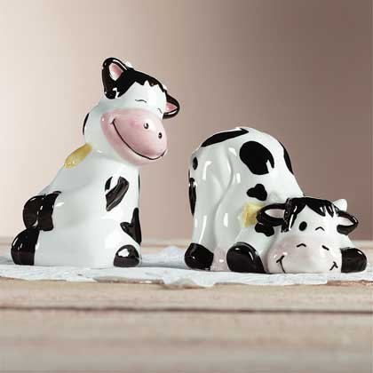 27095 Black & White Cow Salt & Pepper Shakers