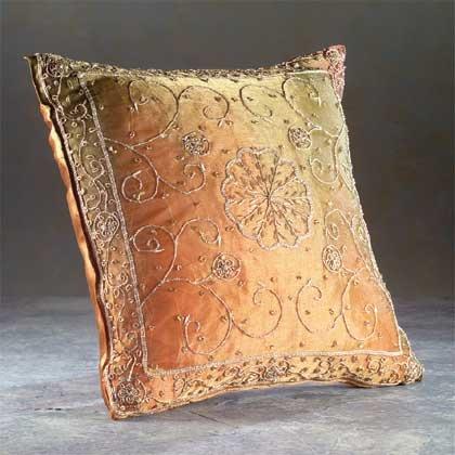32439 Pillowcase with Cushion