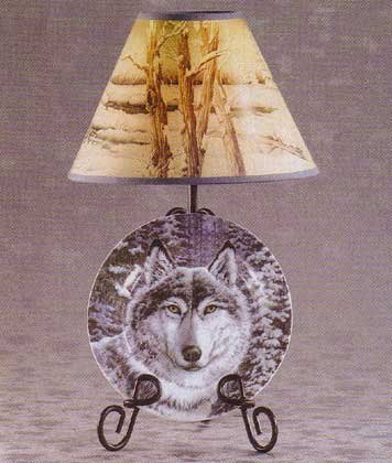 33770 Snow Wolf Plate and Lamp Set
