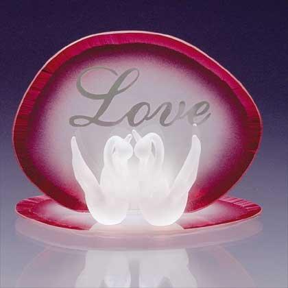 34122 Glass Love Swans Candleholder