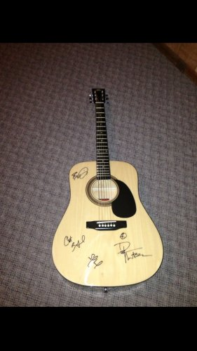 DAVE MATTHEWS BAND autographed SIGNED full size GUITAR  *proof