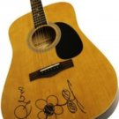 TAYLOR SWIFT   signed AUTOGRAPHED full size GUITAR