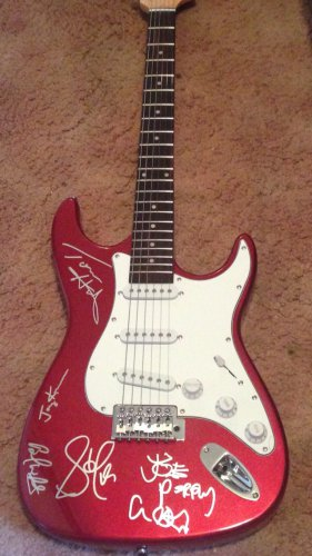 AEROSMITH signed AUTOGRAPHED full size GUITAR