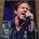 EDDIE VEDDER Pearl Jam AUTOGRAPHED signed 8x10 PHOTO